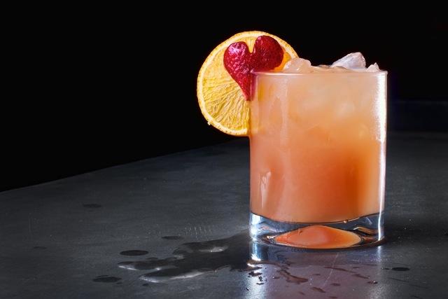 Valentine 39 s day cocktails peligroso liquid love for Liquid ice mixed drinks