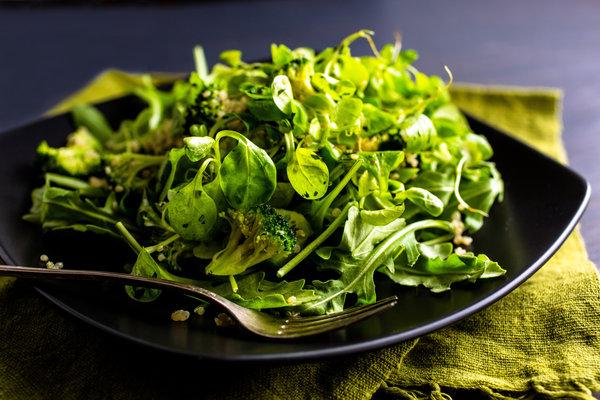 broccoli, quinoa and purslane salad