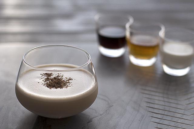 brandy.alexander.cocktail.recipe.1.1