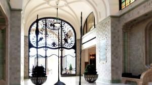 Gresham Palace Peacock Entrance